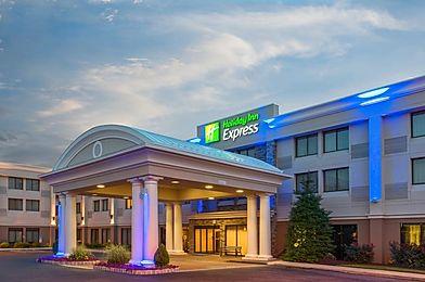 Holiday Inn Express NE, Philadelphia -Bensalem, PA