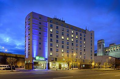 Holiday Inn Express @ Penns Landing, Philadelphia, PA.
